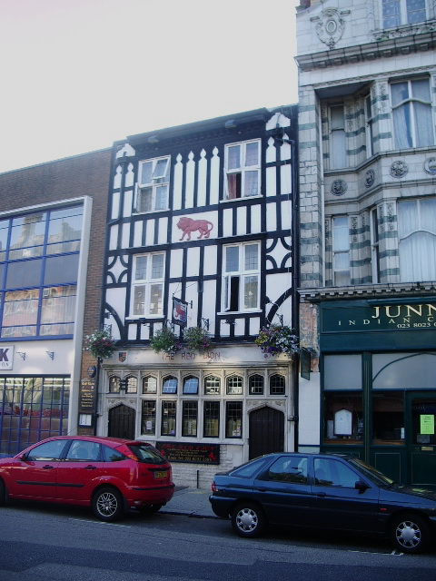 The Red Lion, High Street, Southampton