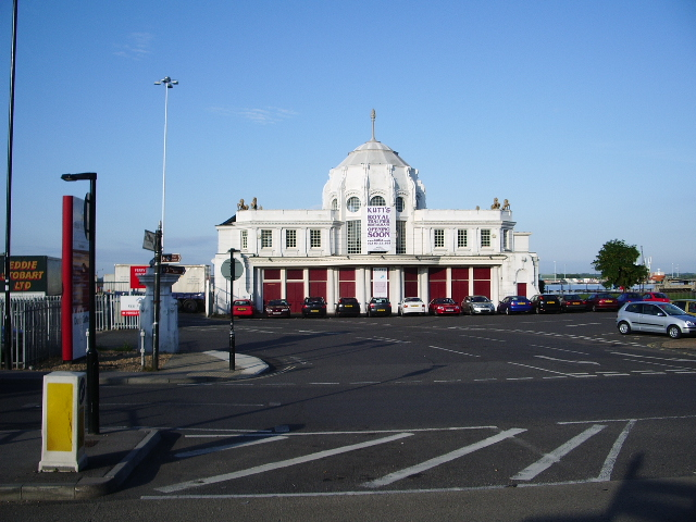 "The ""Royal Pier"" head"