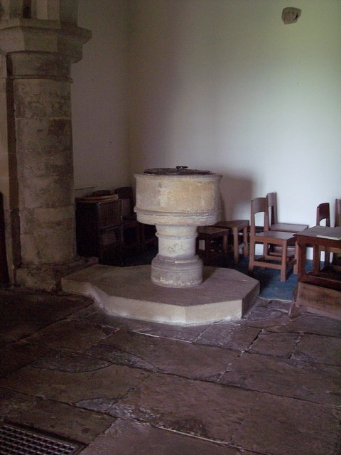 St Mary the Virgin, Ebberston - Font