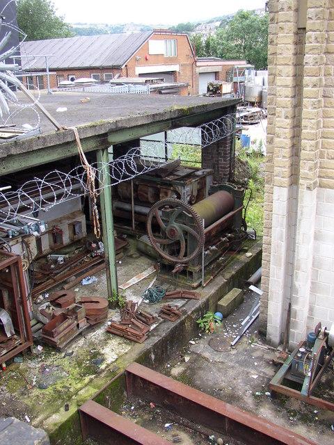Old mill machinery (1) Linthwaite