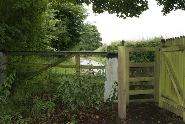 Gate, Ings Lane