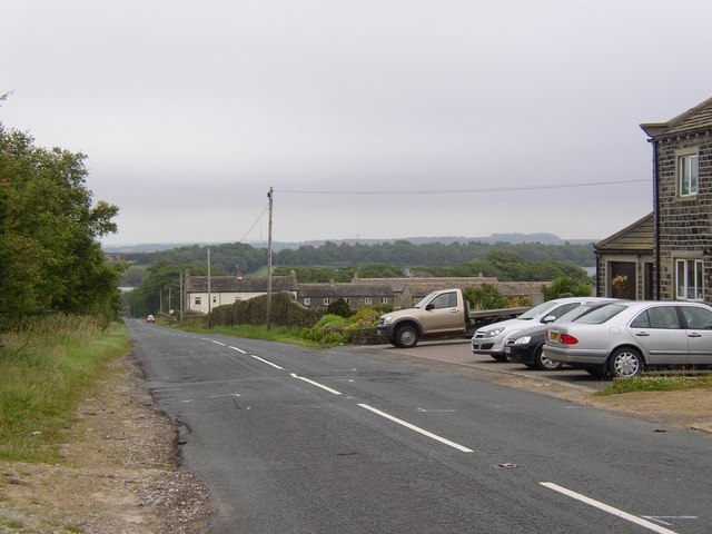 Blackmoorfoot Road, Linthwaite