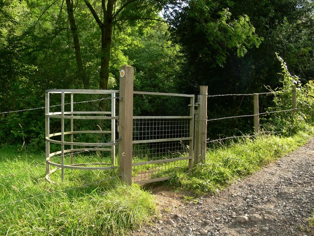 Public footpath to Trimpley