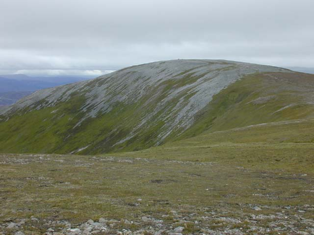 Western approach to Carn Bhac