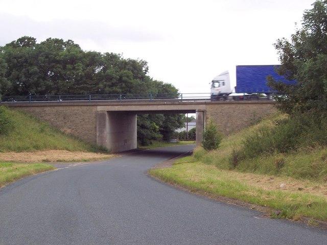 Upsall Road approaching South Kilvington