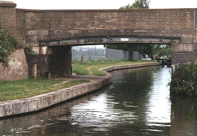 2002 : Bridge 161 Trent & Mersey Canal