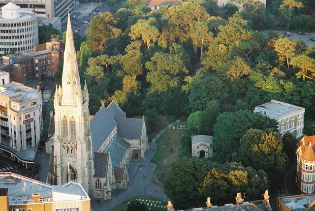 Bournemouth: St. Peter's church and churchyard from above