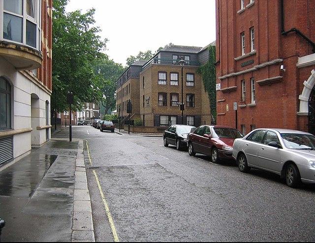 Crossroads Vincent Street and Regency Street