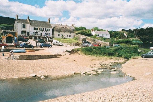 Seatown beach and pub