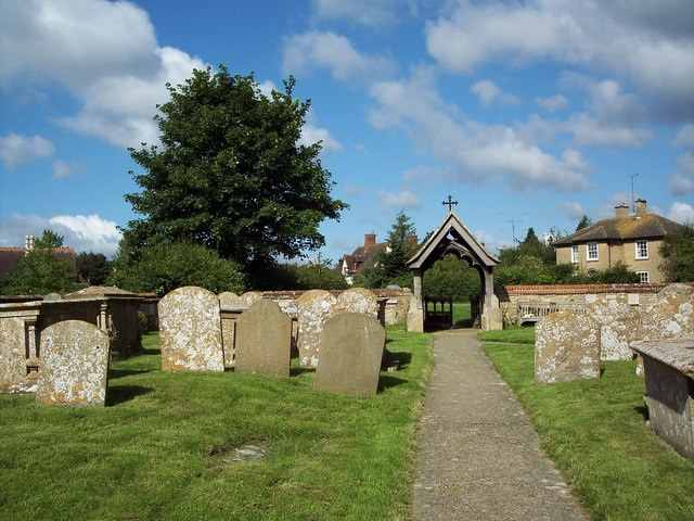 St Mary Magdalene, South Marston - Churchyard