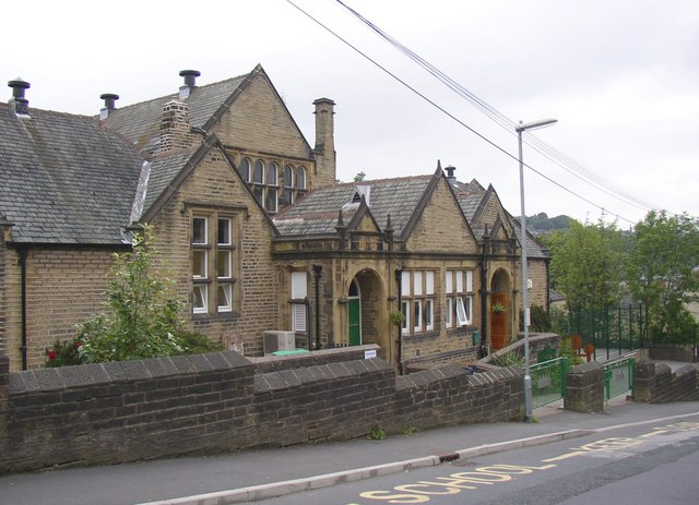 School, Chapel Hill, Linthwaite