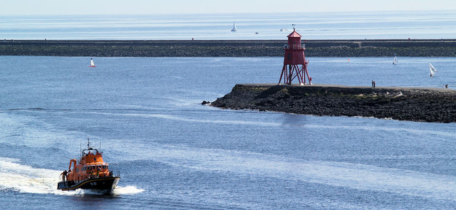Herd groyne lighthouse.