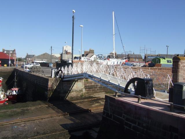Lift bridge over the slipway