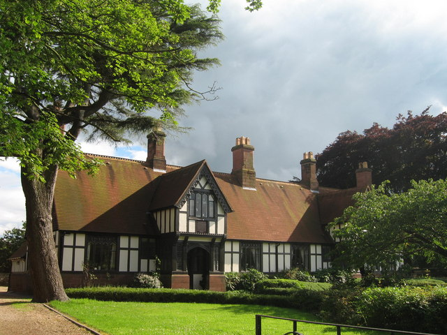 Dixon's Almshouses, Christleton