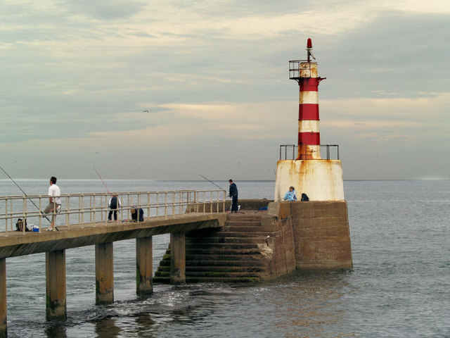Amble south pier lighthouse.