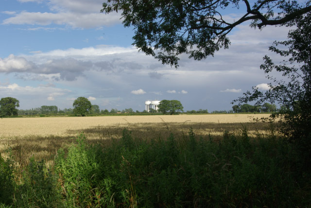 Farmland west of Corby
