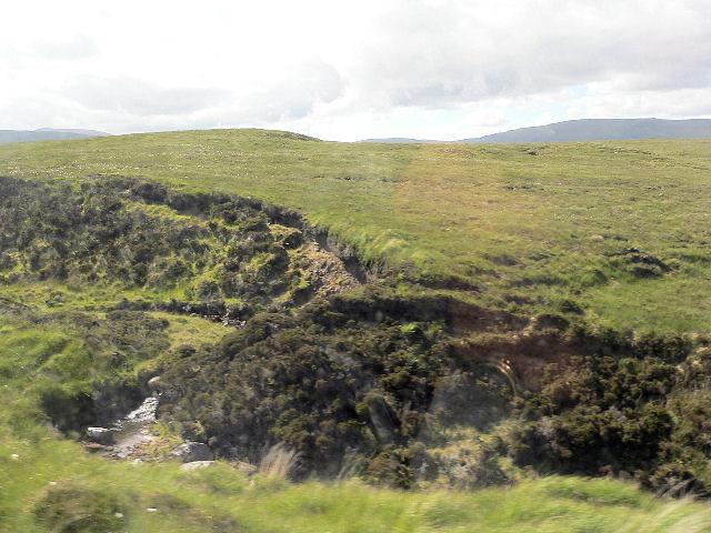 Burn tributary to Kearvaig River