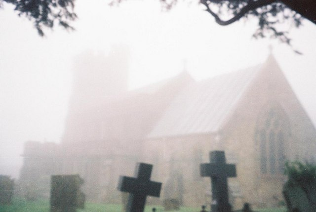 Broadwindsor: church in mist