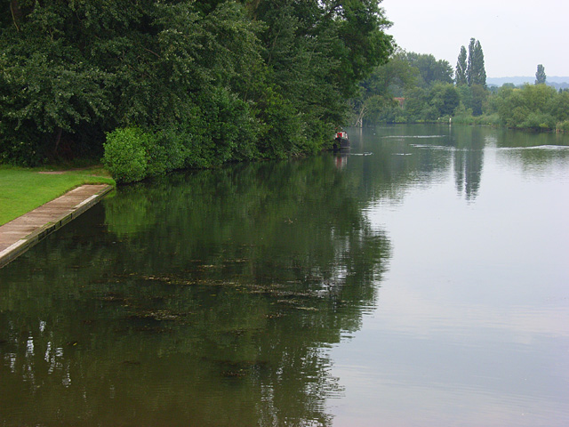 The River Thames, Shiplake