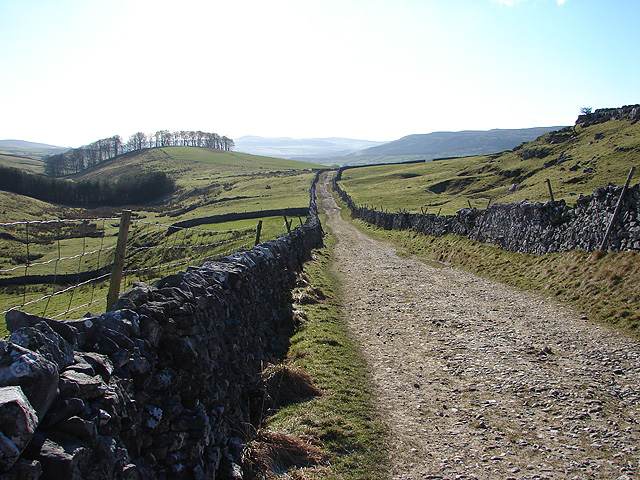 The Pennine Way at Horton Scar