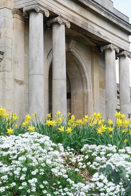 Sheffield Botanical Gardens - main gate