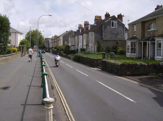 Carisbrooke Road, B3323
