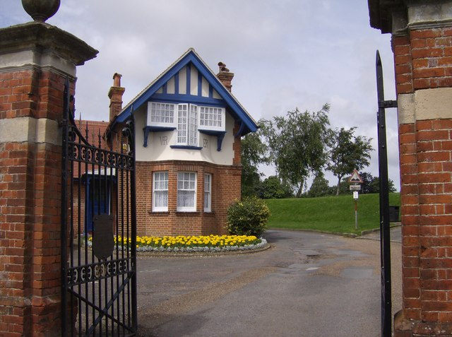 Entrance to Newport Recreation Ground