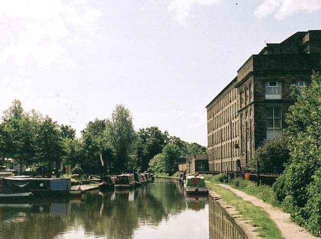 2002 : Adelphi Mill, Bollington
