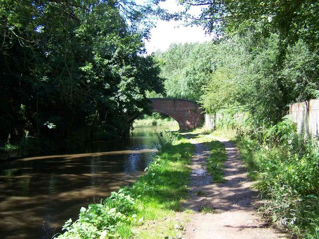 Bridge, Trent & Mersey canal