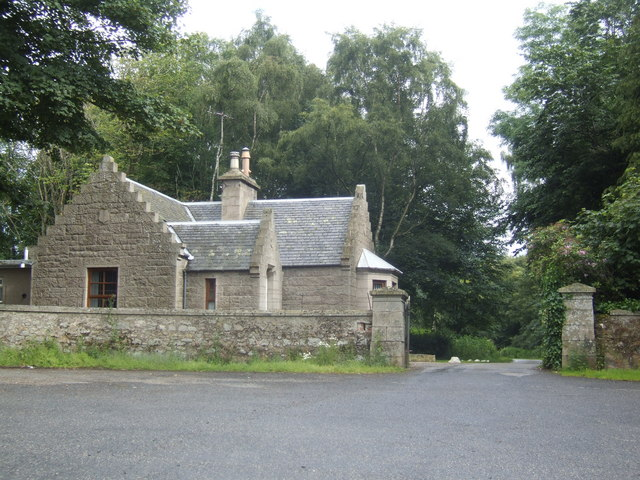 Lodge at the north gate of Keith Hall