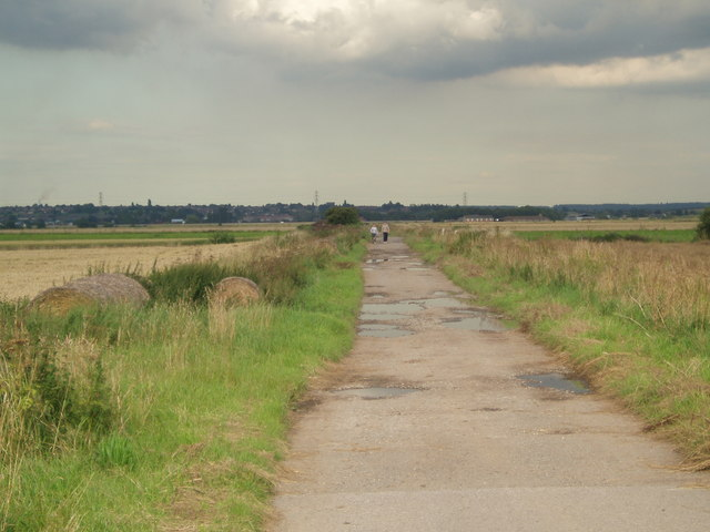 Lane onto Butterwick Common