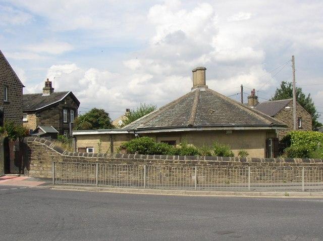 Lodge at corner of Blackmoorfoot Road and Park Road West , North Crosland, Lockwood