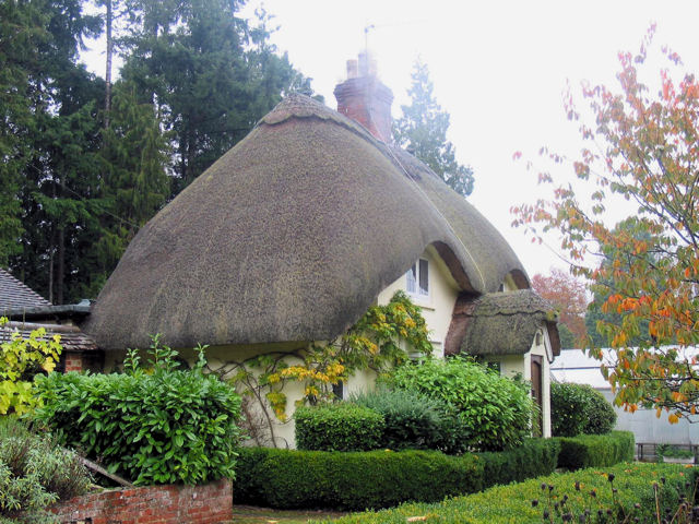 Thatched Cottage in Church Lane, Awbridge