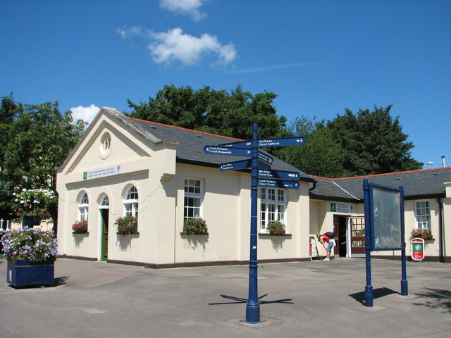 Tourist Information and National Park Centre