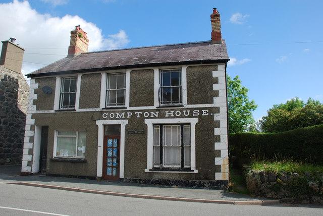 Compton House Chwilog