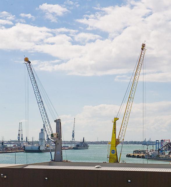 Travelling cranes on Albert Johnson Quay, Portsmouth