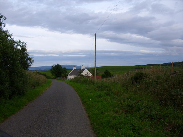 Cottage just past Barvennan Farm