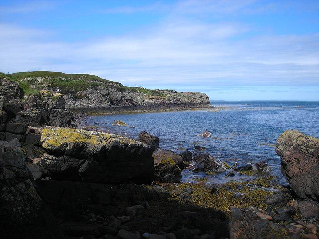 Shore, North of Eilean Beag