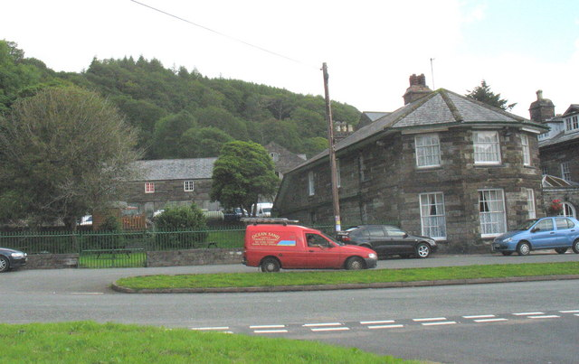 Buildings at the back of the Oakeley Arms