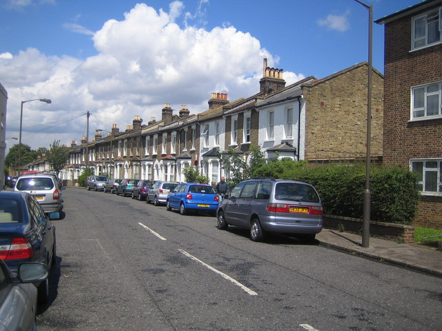 Peckham: Kirkwood Road, SE15