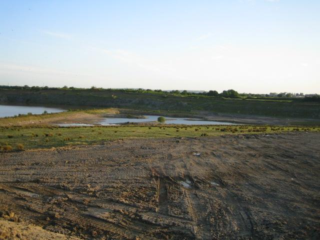 Clay Pits near Calvert