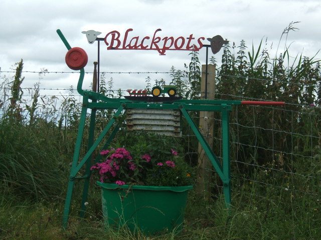 Farm sign at Blackpots