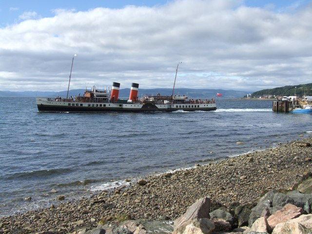 The Paddle Steamer Waverley, Largs 2