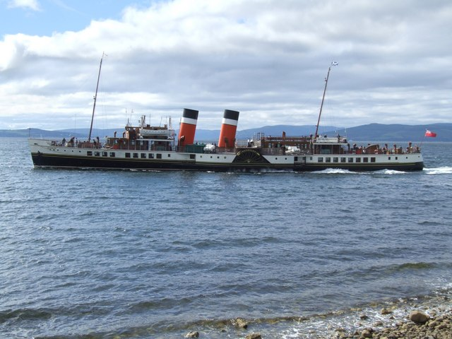 The Paddle Steamer Waverley, Largs 3