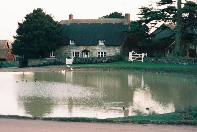 Ashmore: pond