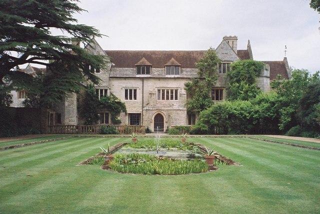 Athelhampton House: gardens 2