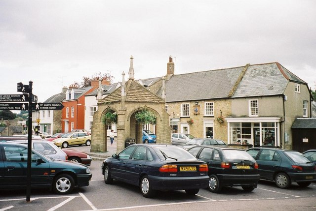 Beaminster: town centre