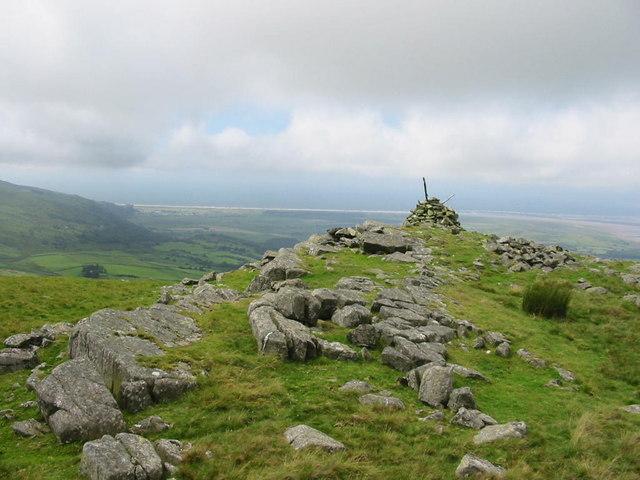 Cairn on Moel y Geifr