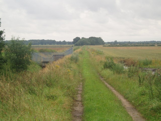 Public Footpath from Wroot Grange