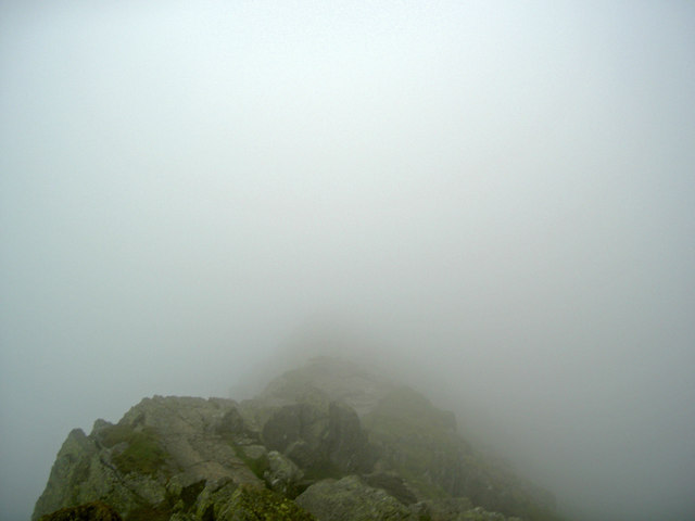 Striding Edge in mist